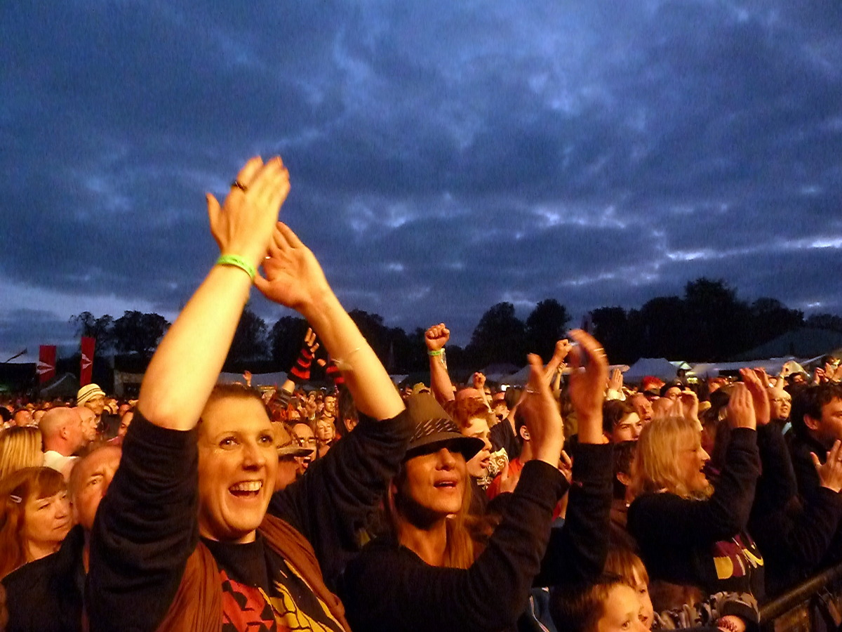 Levellers crowd at Bearded Theory